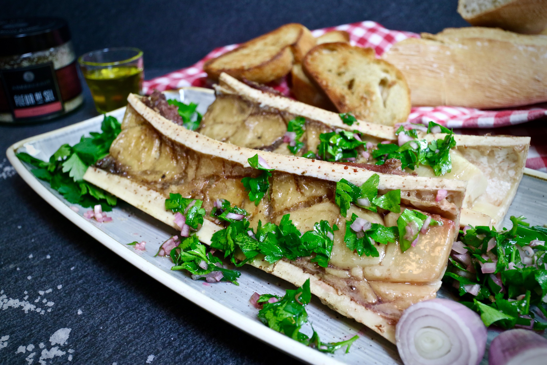 Gegrillter Markknochen mit Petersilien Salat Rezepte